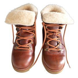 Ugg-Ankle boots-Brown