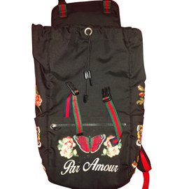 Gucci-Backpack-Black