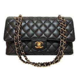 Chanel-Timeless Medium black caviar-Black
