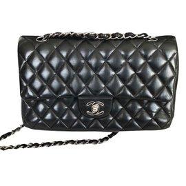 Chanel-2.55 Classic Medium lined Flap Bag-Black