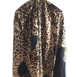 Yves Saint Laurent-Etole-Imprimé léopard