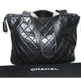 Chanel-grand sac cabas en cuir agneau matelassé noir-Noir