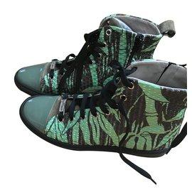 Chanel-Baskets-Vert