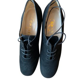 Chanel-Black suede, lace-up oxfords-Black