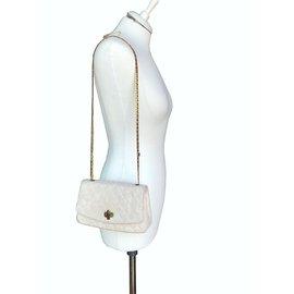 Chanel-Intemporel avec des cristaux Gripoix-Beige,Autre,Crème