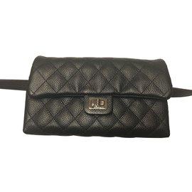 Chanel-Pochette en cuir 2.55-Noir