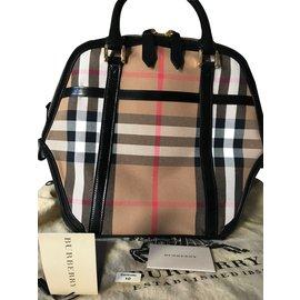 Burberry-Medium Orchard Bag-Black,Beige