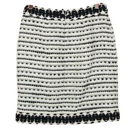 Chanel-Jupe droite en tweed-Noir,Blanc cassé