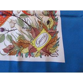Gucci-Foulards de soie-Multicolore