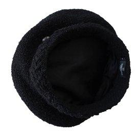 Chanel-Béret en tweed noir-Noir
