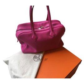 Hermès-Victoria-Fuschia