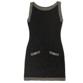 Chanel-Robe 100% cachemire avec logo CC-Gris