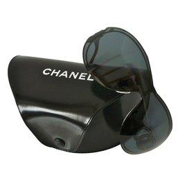 Chanel-Lunettes-Noir