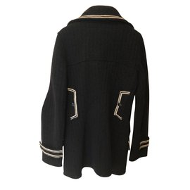 Chanel-Manteau-Noir