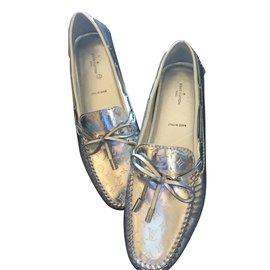 Louis Vuitton-Gloria Flat Loafer-Argenté