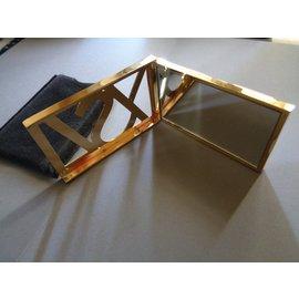 Yves Saint Laurent-Cadeaux VIP-Doré