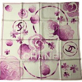 Chanel-Carré soie-Fuschia