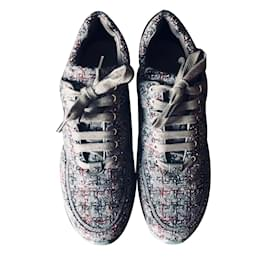 Chanel-Sneakers-Rouge,Bordeaux,Gris anthracite