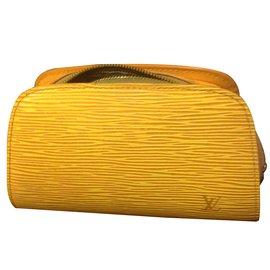 Louis Vuitton-Pochette-Jaune