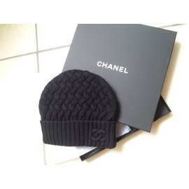 Chanel-Cashmere beanie-Black