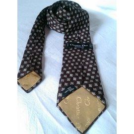d4a9444f0ff Second hand Christian Dior Luxury and designer for men - Joli Closet