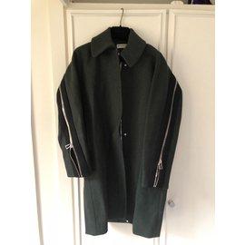 Balenciaga-Beautiful short coat-Green