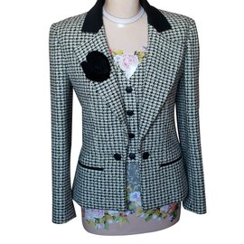 Chanel-Jacket-Multiple colors