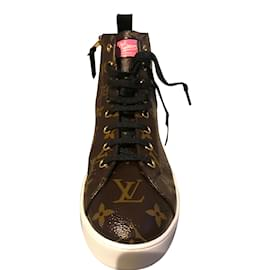 Louis Vuitton-Sneakers-Chocolate