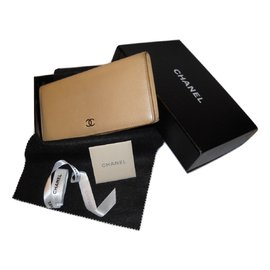 Chanel-CHANEL portefeuille cuir caviar beige-Beige