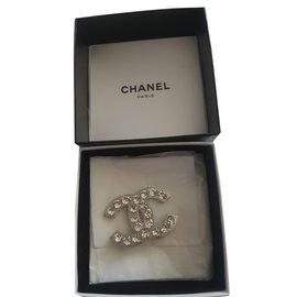 Chanel-Broche chanel cc coeur strass-Métallisé