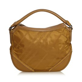 cdee042263f Second hand Burberry Handbags - Joli Closet