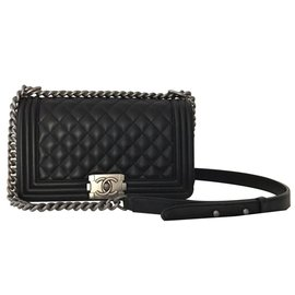 Chanel-Black chanel boy in leather-Black