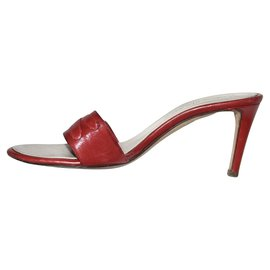 Yves Saint Laurent-Mules-Rouge