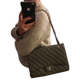 Chanel-Maxi jumbo-Kaki