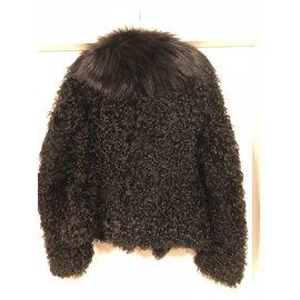 Lanvin-Veste courte en fourrure-Noir