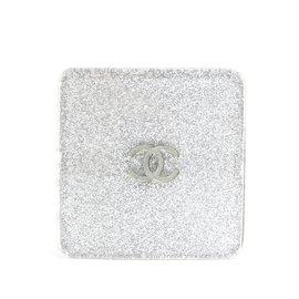 Chanel-Pince à cheveux en paillettes d'argent-Argenté