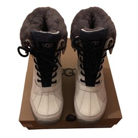 Ugg-Adirondack Boot II-Blanc,Gris,Bleu Marine
