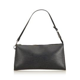 42578af51e0b Louis Vuitton-Epi Pochette Accessoires-Noir ...