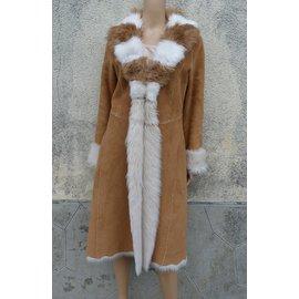 Balmain-Manteaux, Vêtements d'extérieur-Caramel