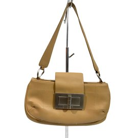 5105006926 Second hand luxury designer - Joli Closet