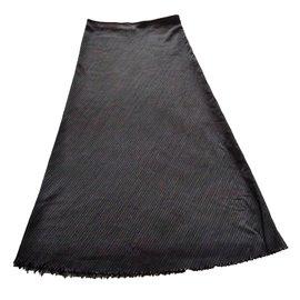 Yohji Yamamoto-Jupe longue en laine à bords bruts-Noir,Blanc
