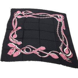 Louis Vuitton-monogram black stole-Noir