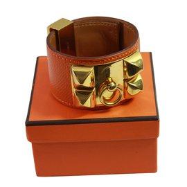 Hermès-Medor-Orange