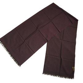 Loewe-Linked wine scarf-Dark red