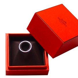 Hermès-White gold ring-Silvery