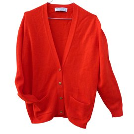Burberry-Tricots-Rouge