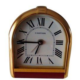 Cartier-Exclusive and rare vintage Cartier Romane Pendulette Clock/ Table clock/ Alarm.-Red,Golden
