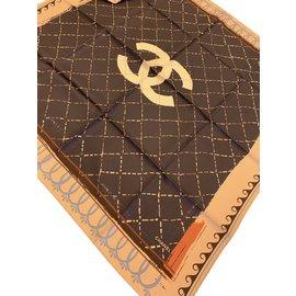 Chanel-CARRE soie CHANEL-Marron foncé