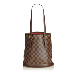5bfecb2d3cad Louis Vuitton-Damier plain Marais-Marron ...