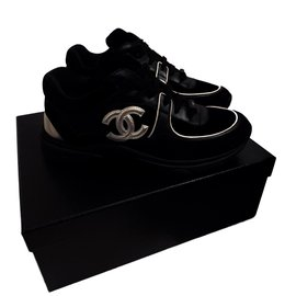 Chanel-Sneakers-Noir